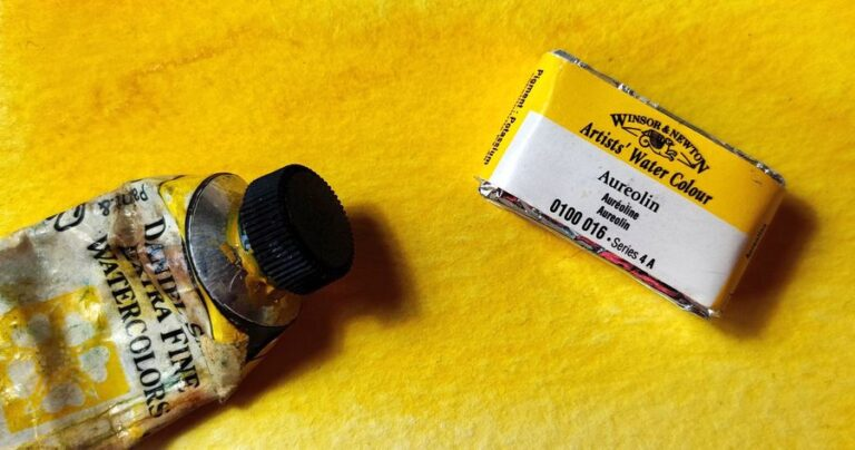 Aureolin or Cobalt Yellow (PY40)